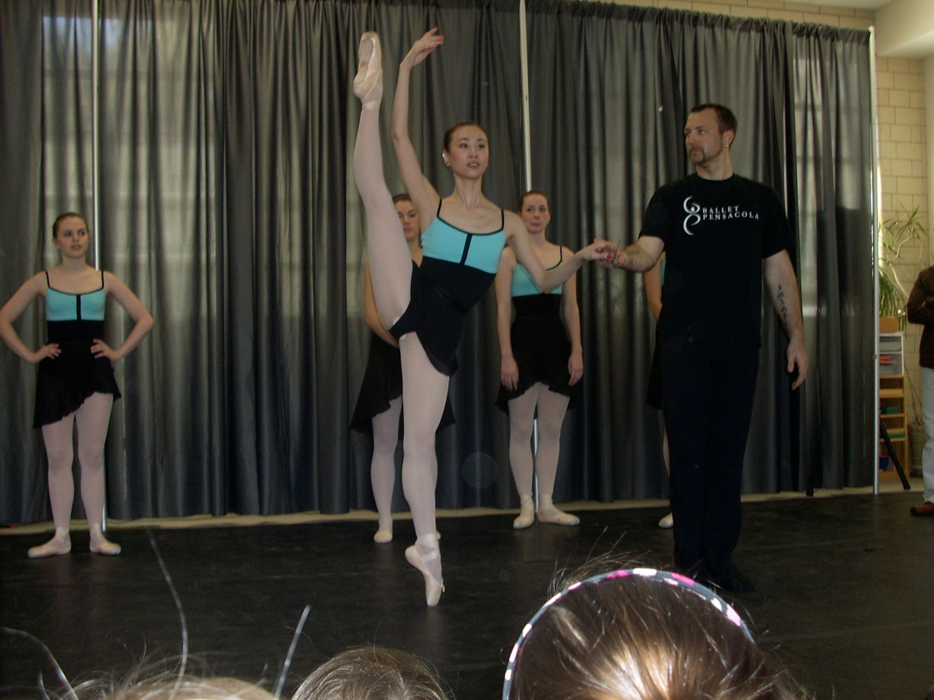 MSP students watching and learning ballet from Ballet Pensacola